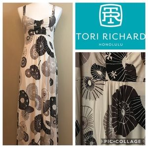 NWOT TORI RICHARDS RETRO PRINT SZ MED MAXI DRESS